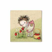 Mindestens beide gleich süß! Walli und die Erdbeeren!