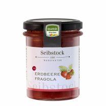 im Vinschgauer Martelltal sehen Sie rot! Bei sooo vielen Erdbeeren ;)